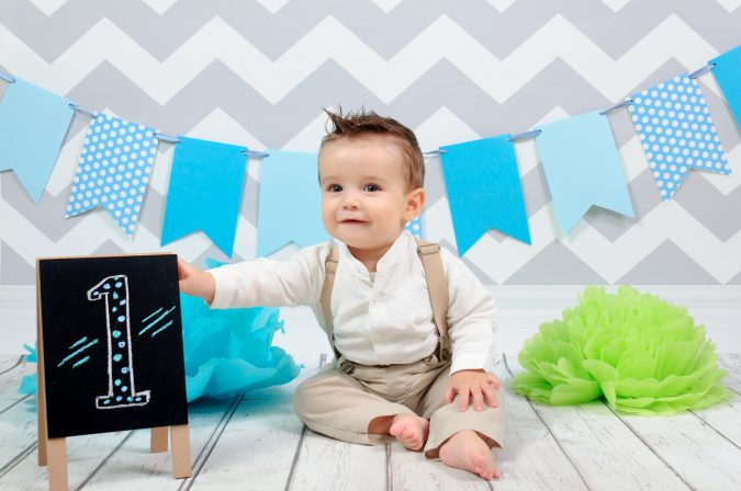 Set Infantil 3 - Madera blanca y pared chevron gris-niño